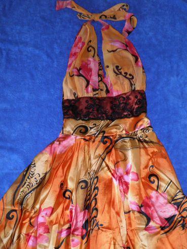 Kvietkované šaty - Obrázok č. 1