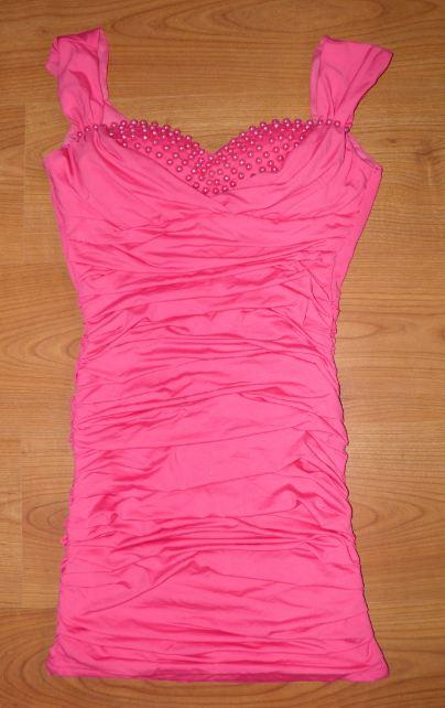 ružové šaty s vystuženými prsiami - Obrázok č. 1