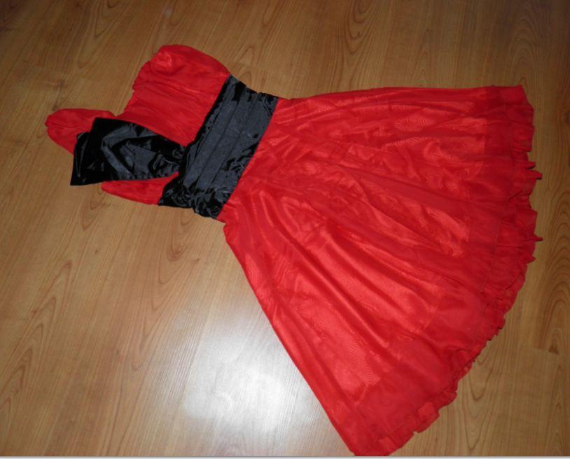 exkluzívne nenosené šaty - Obrázok č. 1