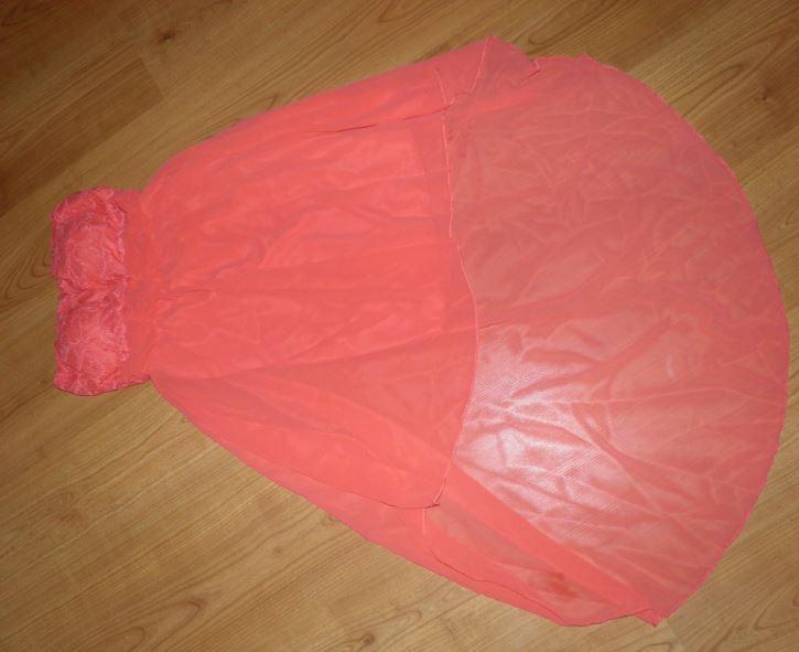sexy šaty - Obrázok č. 1