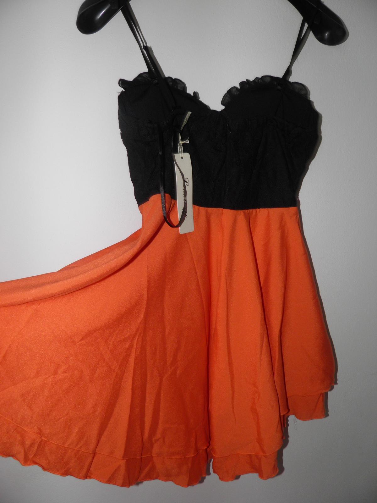 princeznovské šaty, nenosené s vísačkou M/L - Obrázok č. 2