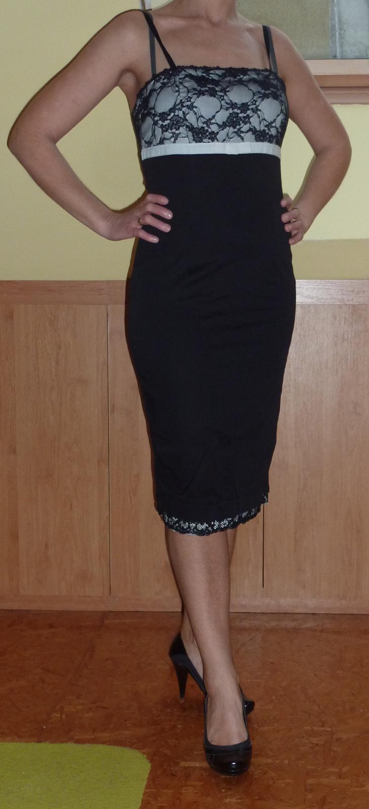 Luxusné talianske koktejlové šaty Rinascimento  - Obrázok č. 1