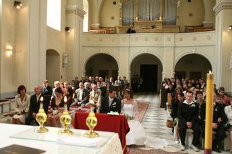 Kostel se zaplnil, víc než jsme čekali - děkujeme, že jste byli s námi.