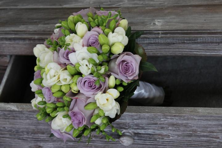Svatební kytice kulaté - Obrázek č. 20
