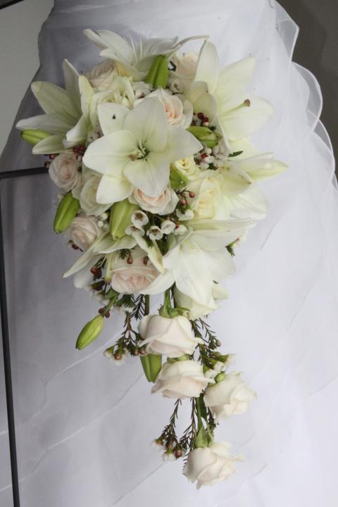 Svatební kytice převislé - Obrázek č. 5