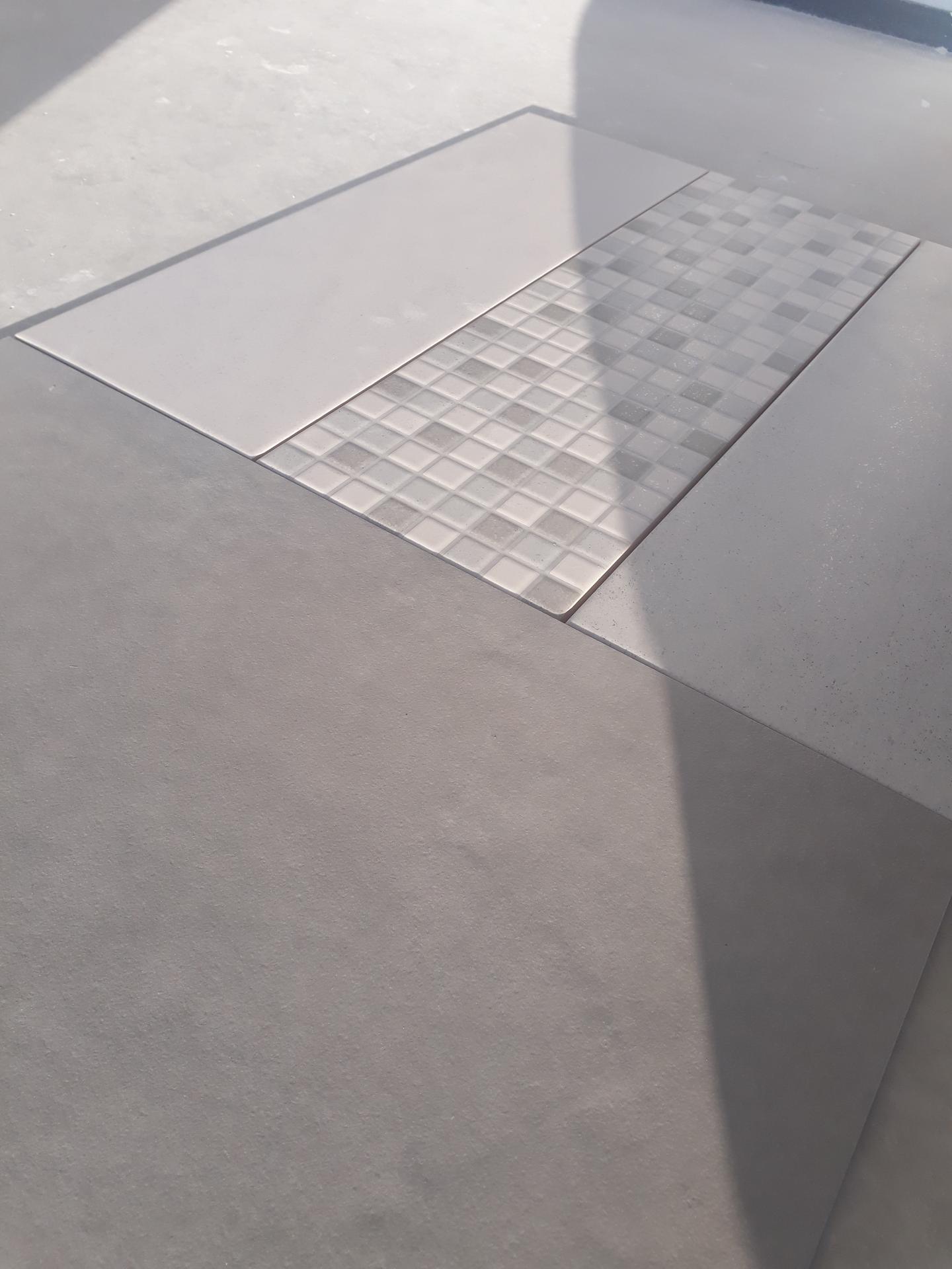 Koupelna přízemí - Rako Extra světle šedá.