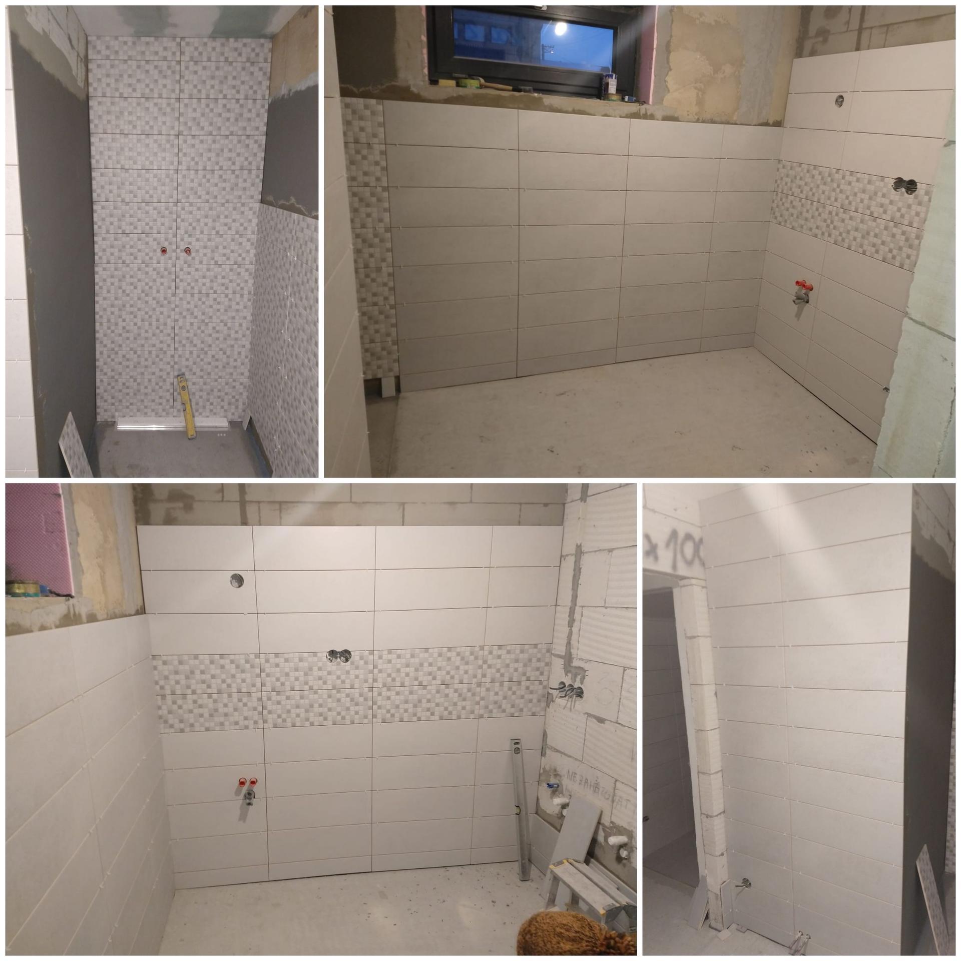 Koupelna přízemí - Koupelna v průběhu obkládaní