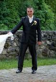 Slim svadobný oblek lesklý pásik 52/170, 52