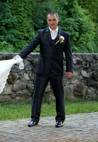 Slim svadobný oblek lesklý pásik 52/170 +košeľa/kr - Obrázok č. 1