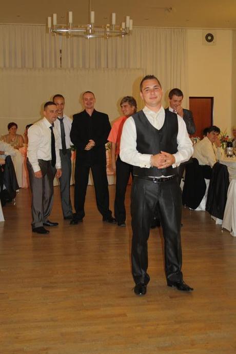 Slim svadobný oblek lesklý pásik 52/170 +košeľa/kr - Obrázok č. 4