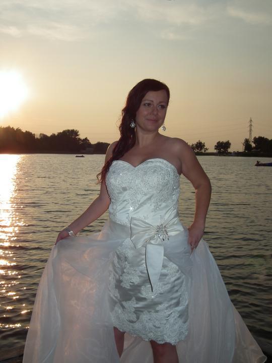 Atika{{_AND_}}Jarino - moje vytúžené šaty...aj napriek tomu, že som medzitým otehotnela boli mi dobré...