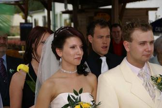 Jirka s Ivanou... poslouchají svatební řeč...