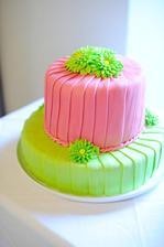 Můj vysněný dortík, jen asi spíš fialovo-zelený...