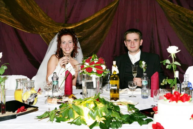 Lucia{{_AND_}}Milan - svadobný stôl