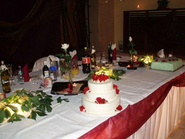 Lucia{{_AND_}}Milan - svadobná torta, bola skvelá :-)