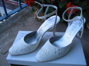 svadobné topánky zo Španielska :-) neuveritelne sexi :-)