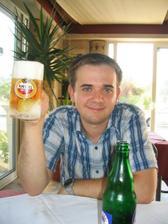 prvá večera, po dobrom jedle ešte lepšie pivo :-)