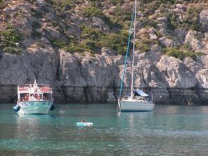 Sant Anthony beach a výlety loďou