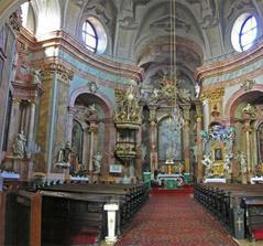 este záber z kostola
