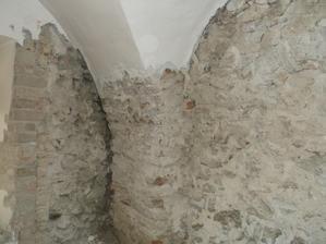 odskok klemby od steny