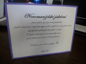 Novomanželské jiskření, nápad jsem tu někde viděla a opičila se, tak doufám, že se nevěsty nebudou zlobit.. :-) Fialová je stejná jako předchozí, ty fotky hrozně zkreslují.. :-(