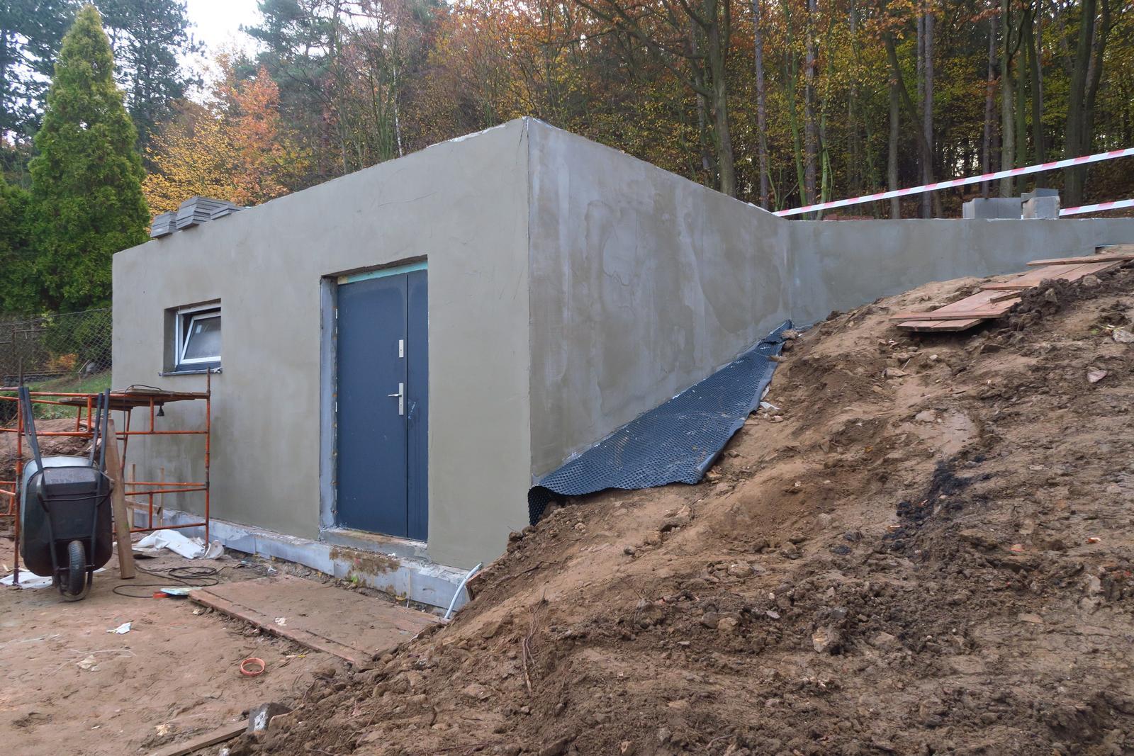 Stavba našeho bungalovu ve svahu - Obrázek č. 22