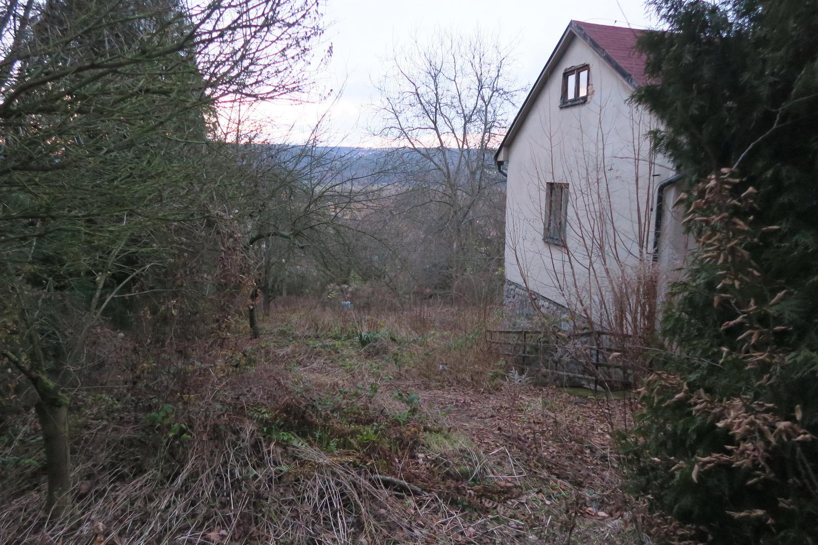 Stavba našeho bungalovu ve svahu - Obrázek č. 5