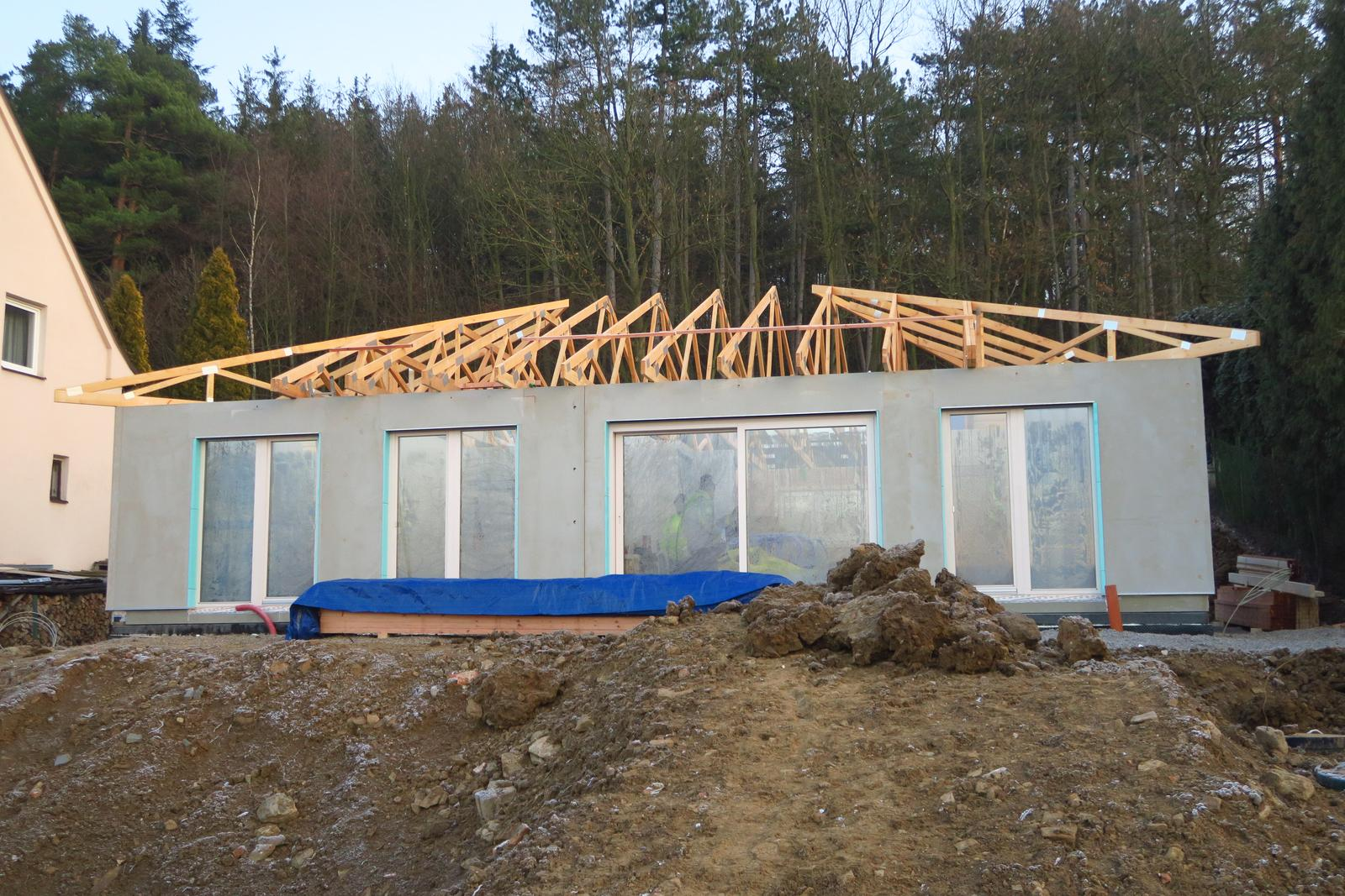 Stavba našeho bungalovu ve svahu - Obrázek č. 46
