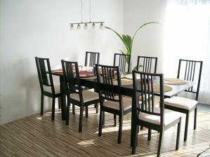 rozložený stůl