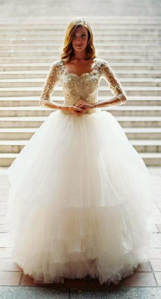 d5f37fdcd818 Kde sehnat tyto šaty  - - Svatební šaty