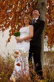 Krajkové svatební šaty pro drobnou nevěstu, 36