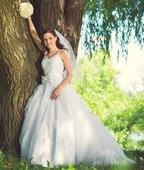Tylové svatební šaty s krajkou a ramínky 32-38, 34
