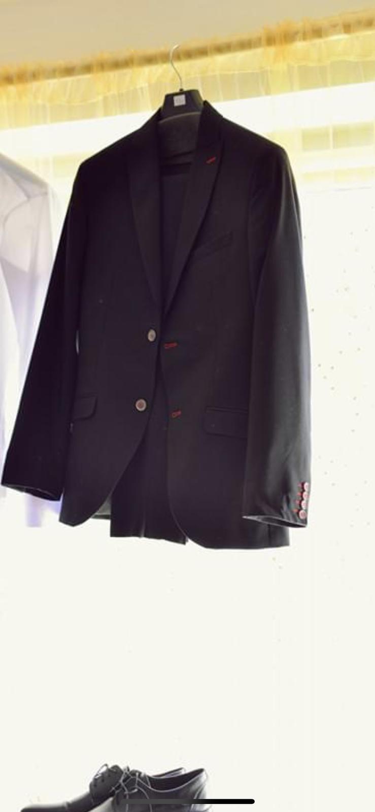 Svadobny oblek  - Obrázok č. 2