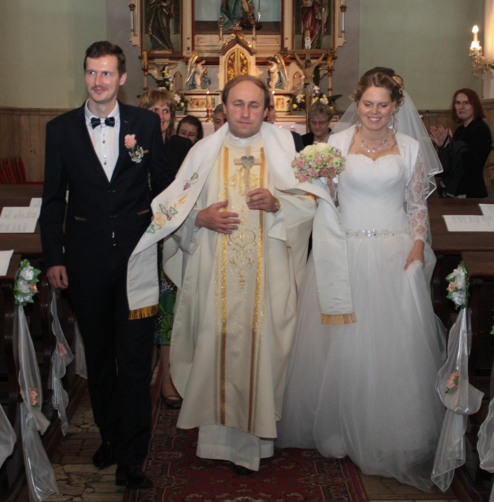 Svadobné šaty tylové, princeznovské - veľkosť42-46 - Obrázok č. 3