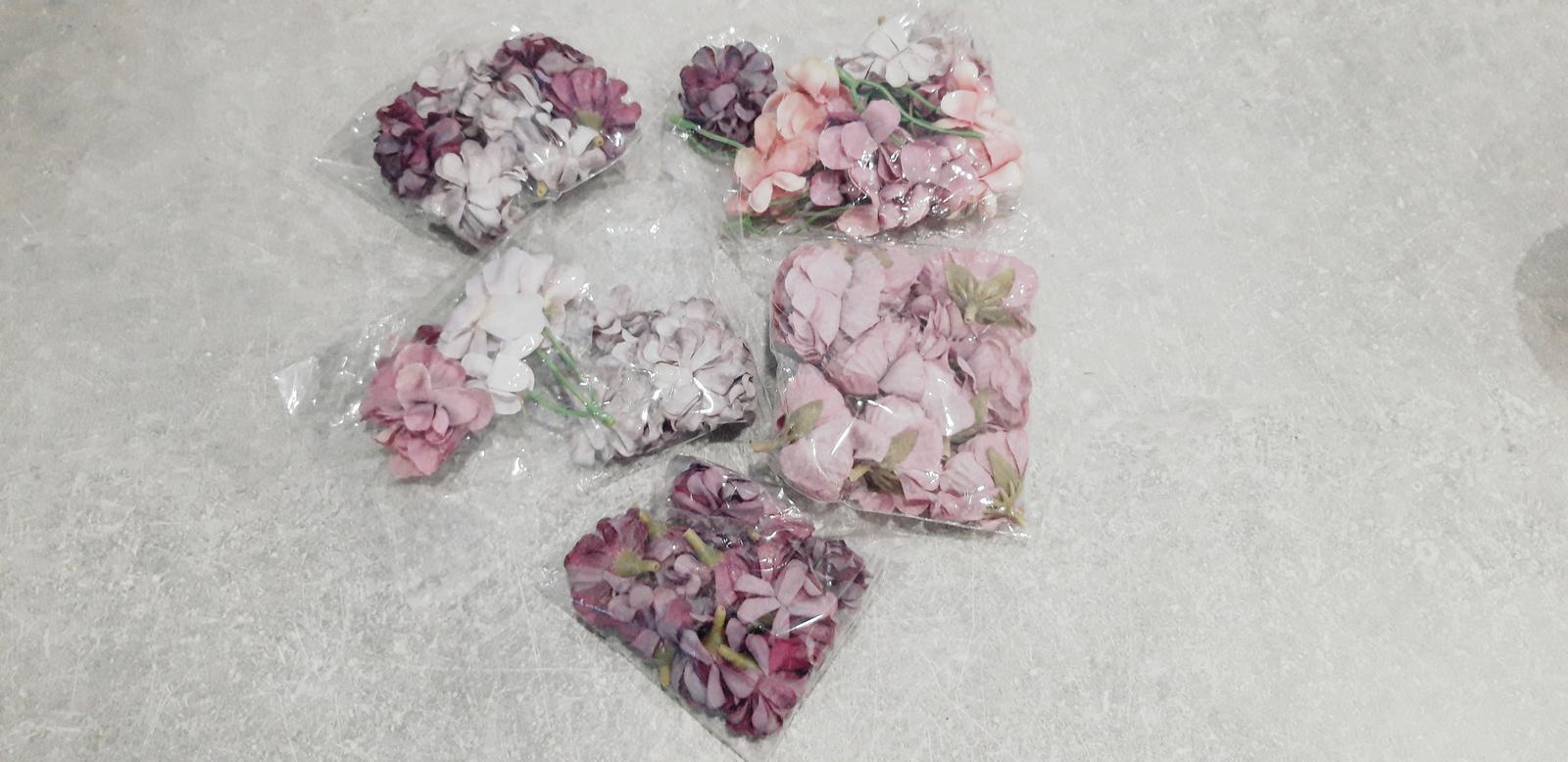 M∞P wedding ideas - kvietky na náramky pre družičky