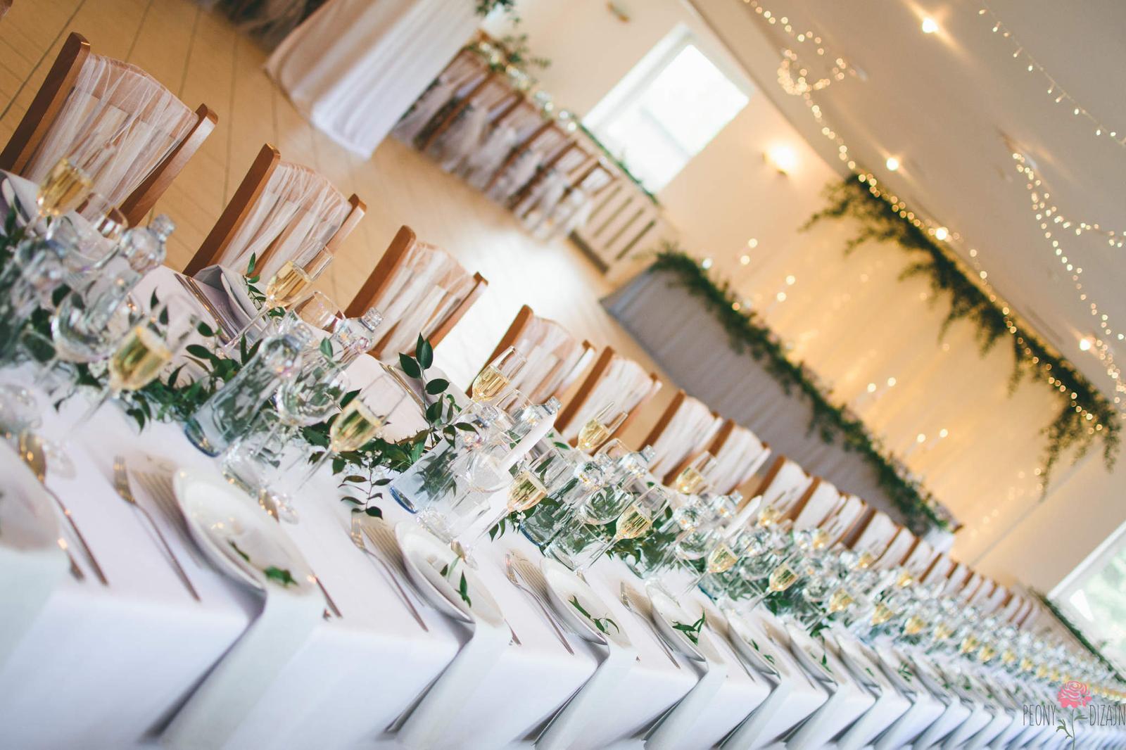 M∞P wedding ideas - pači sa mi svetelná stena a strop