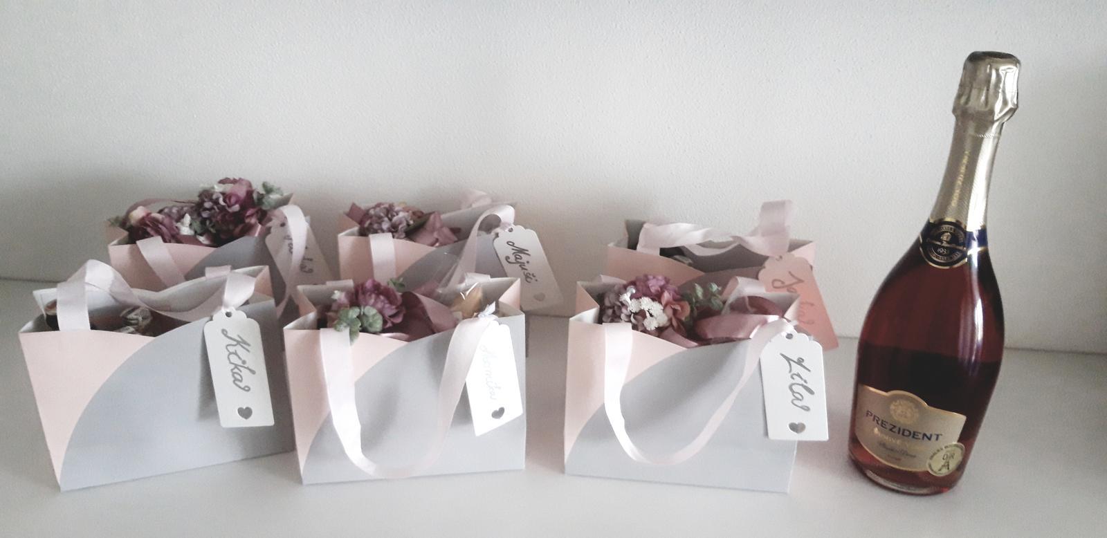 M∞P wedding ideas - darčeky pre družičky :)