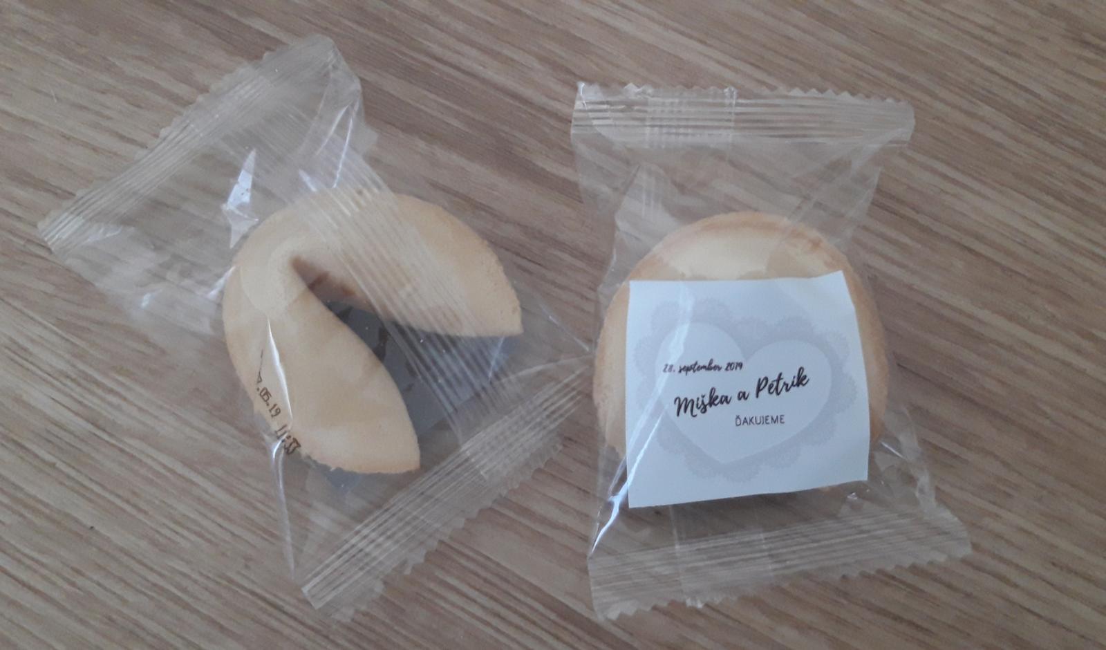 M∞P wedding ideas - fortune cookie pre hostí