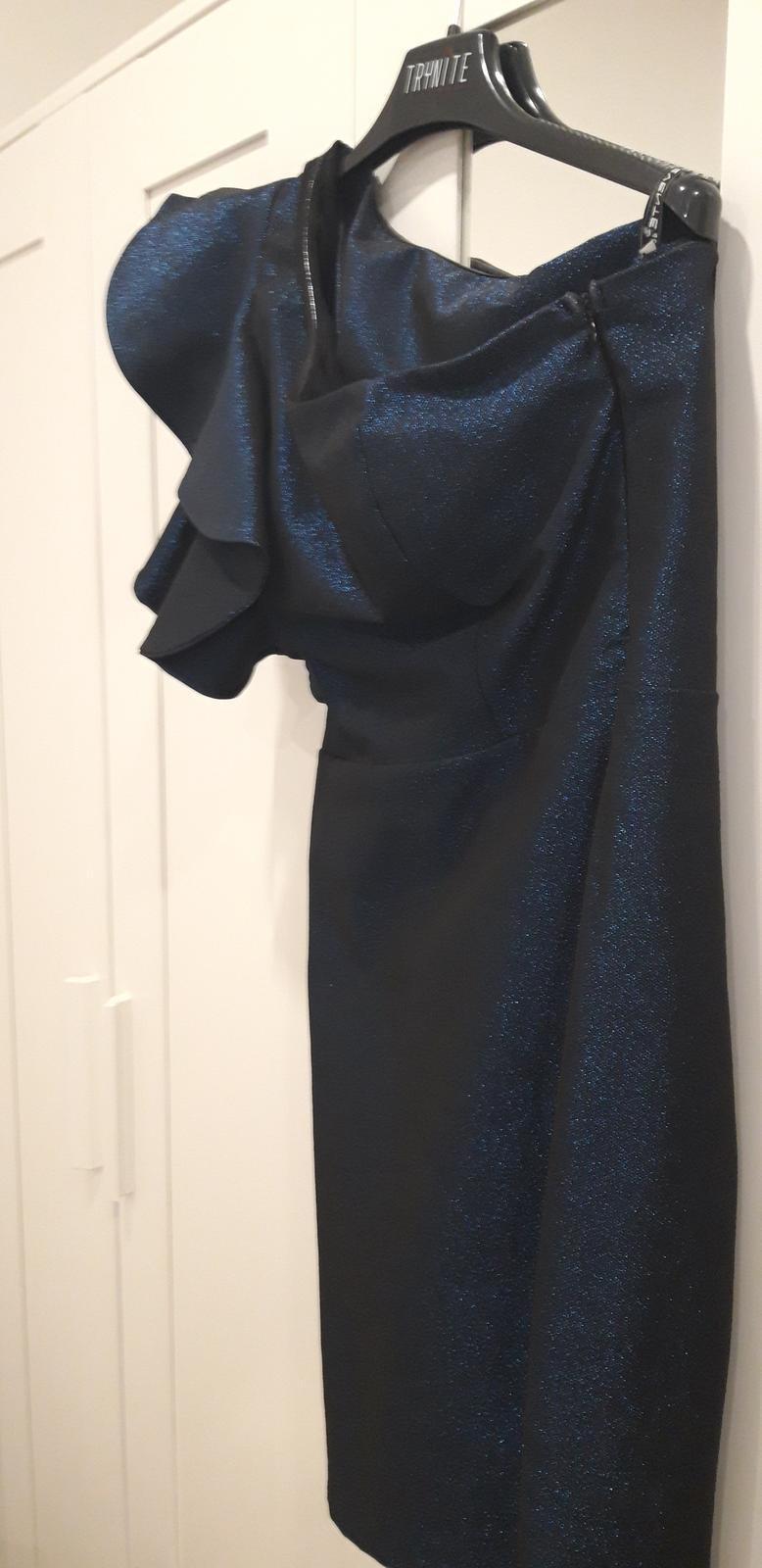 šaty na jedno rameno - Obrázok č. 1