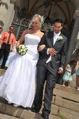 Sněhobílé svatební šaty - vel. 38, 38