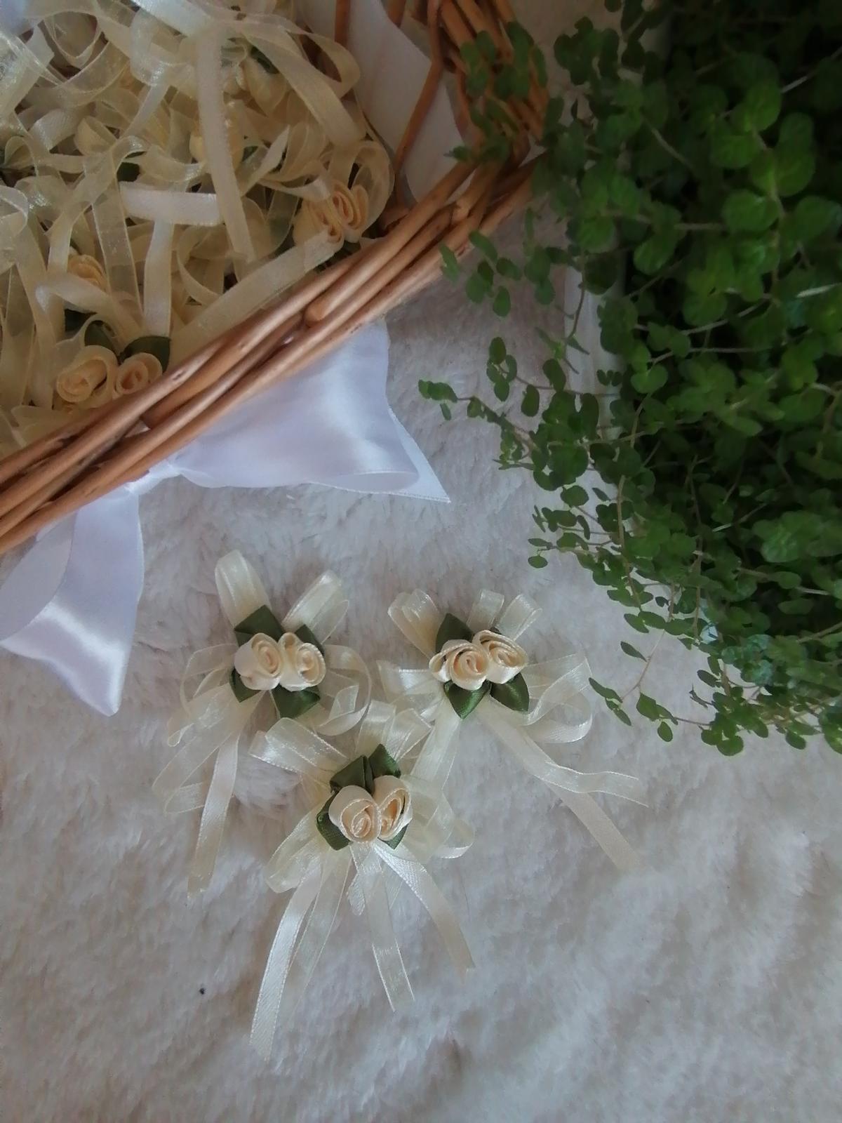 Smotanvé pierka pre svadobčanov - Obrázok č. 2