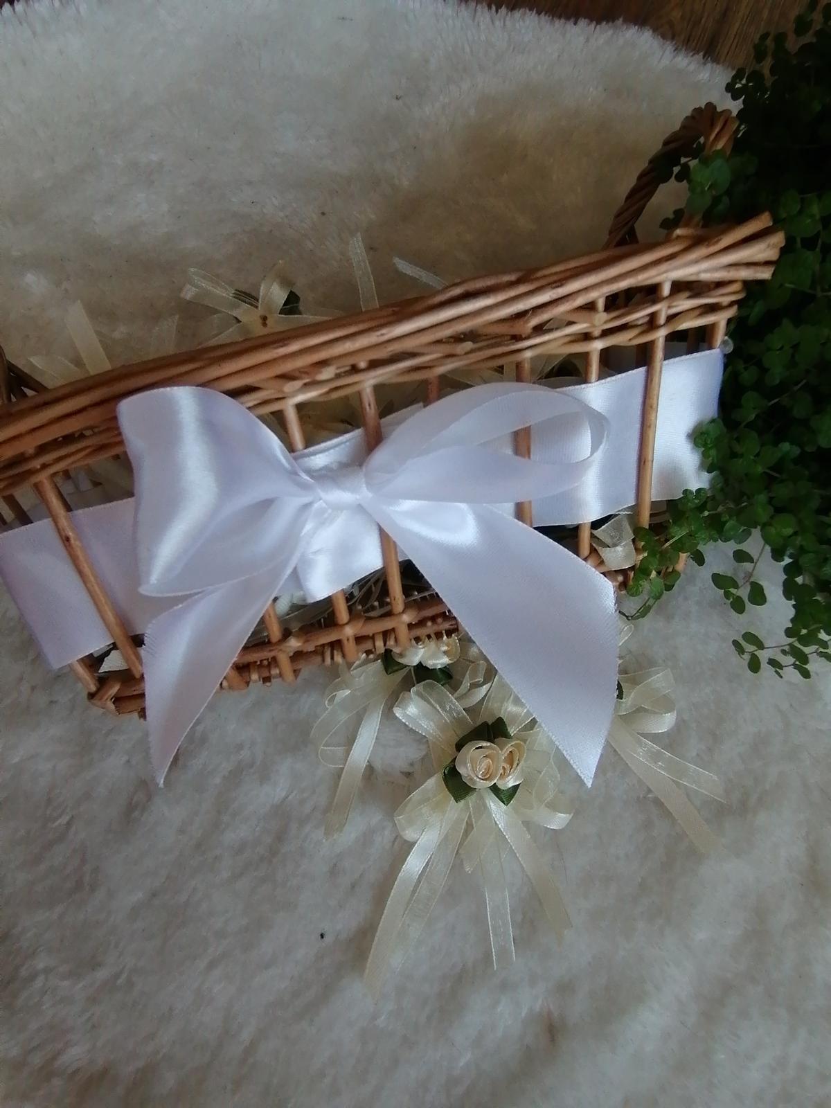 Smotanvé pierka pre svadobčanov - Obrázok č. 3