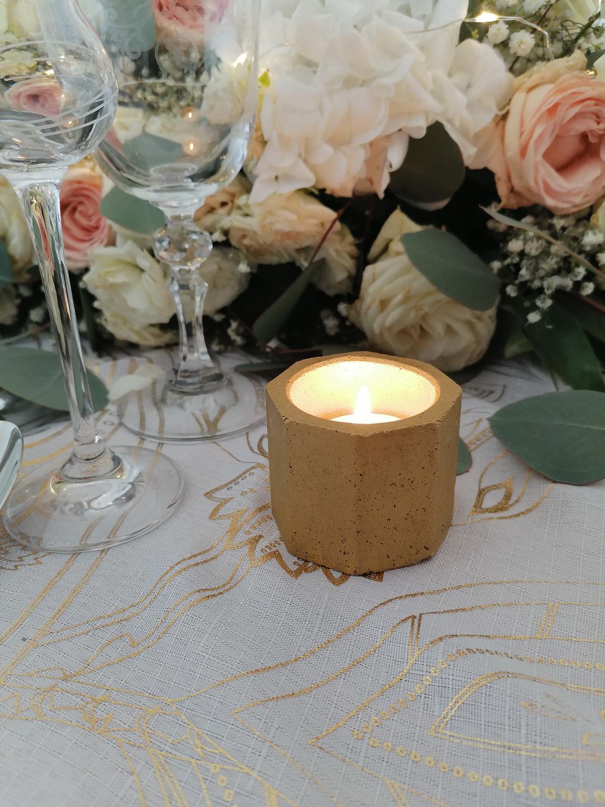 Zlaté svietniky na svadbu - Obrázok č. 1