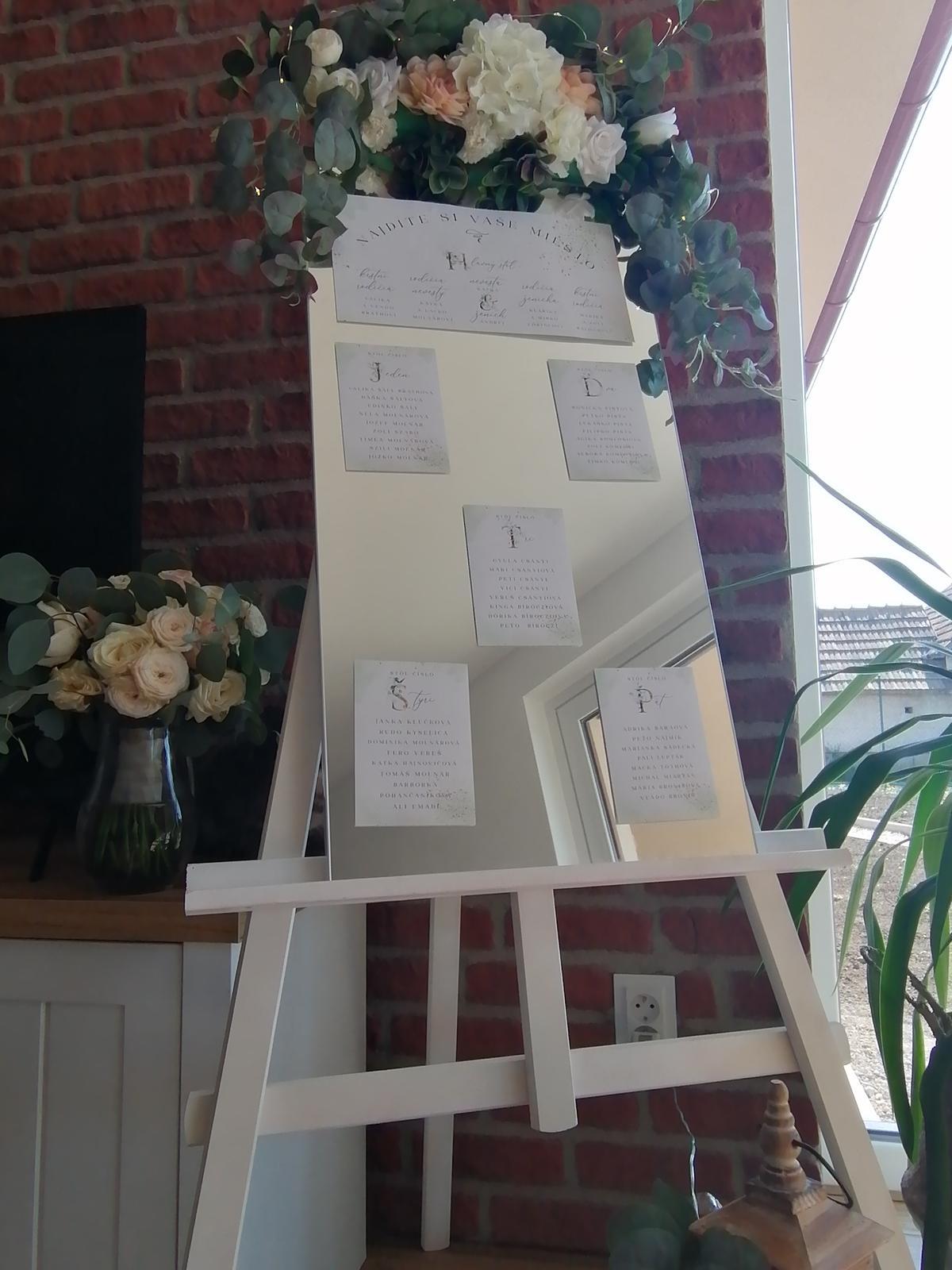 Aranžmány z umelých kvetov na svadbu - Obrázok č. 4
