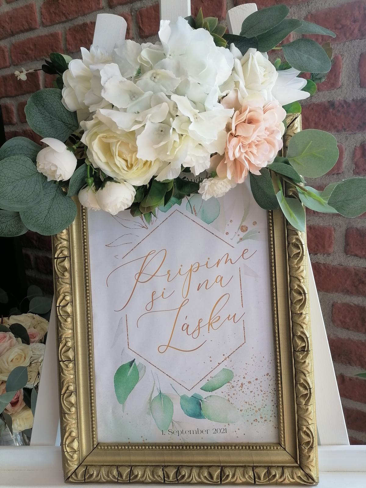 Aranžmány z umelých kvetov na svadbu - Obrázok č. 2