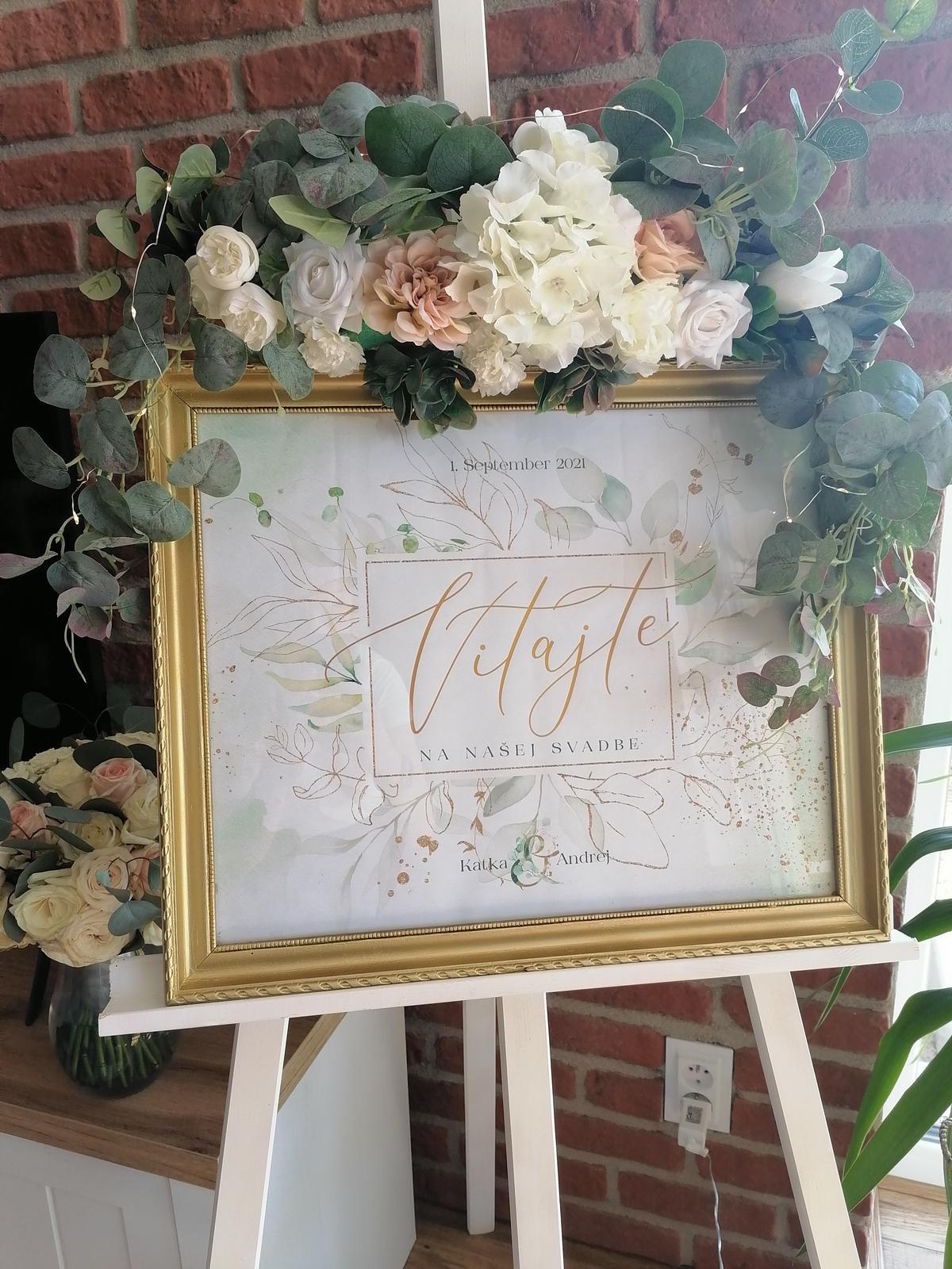 Aranžmány z umelých kvetov na svadbu - Obrázok č. 1