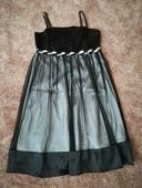 Černo-stříbrné šaty, M