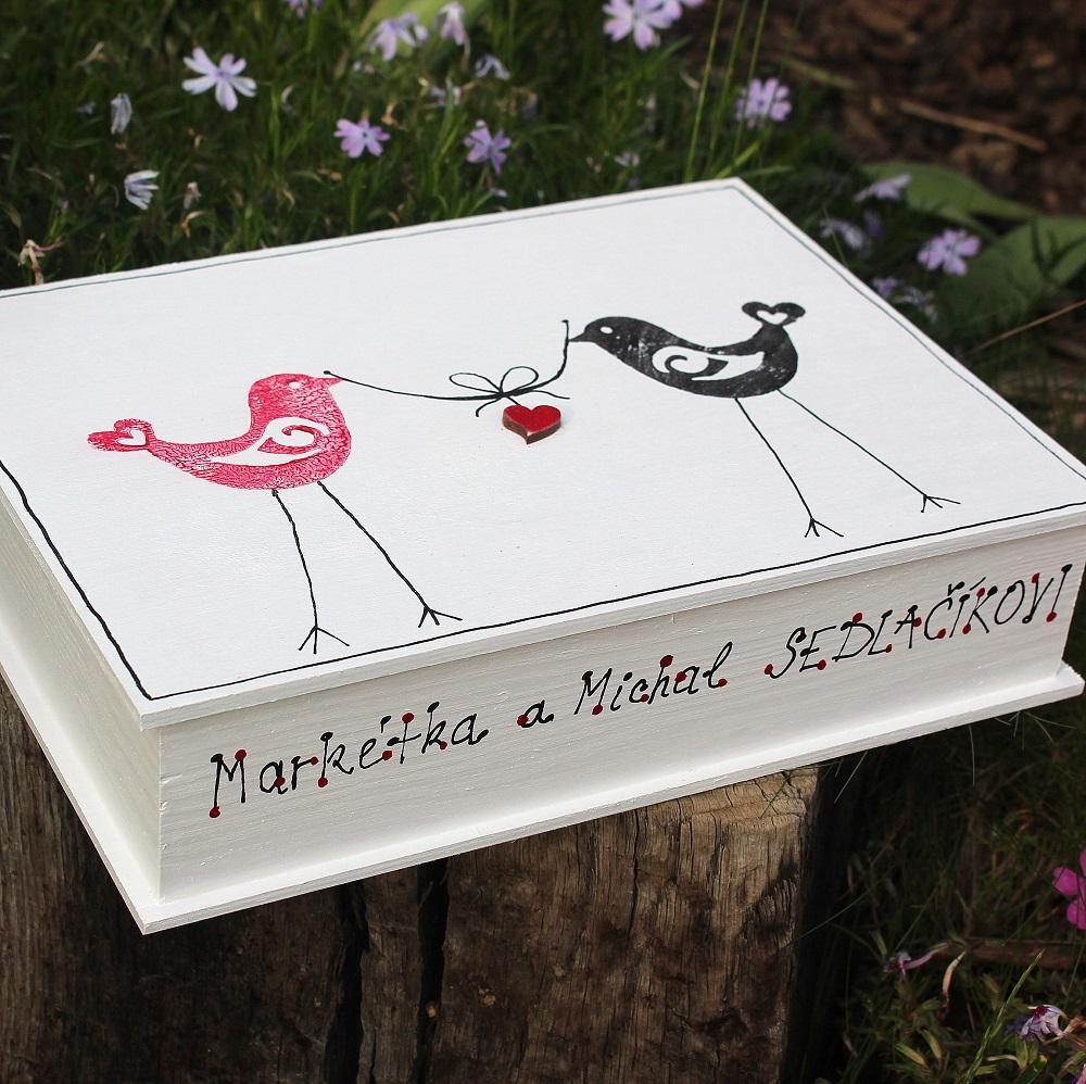 ZAMILOVANÁ dřevěná krabička ptáčci - Obrázek č. 1