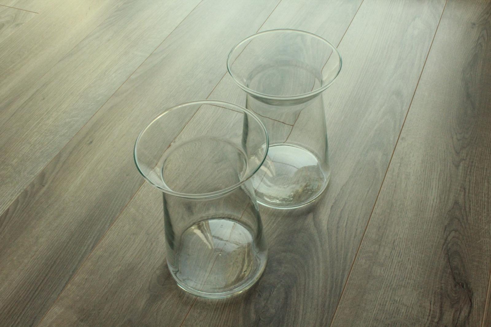 Moderní skleněné vázy - Obrázek č. 4
