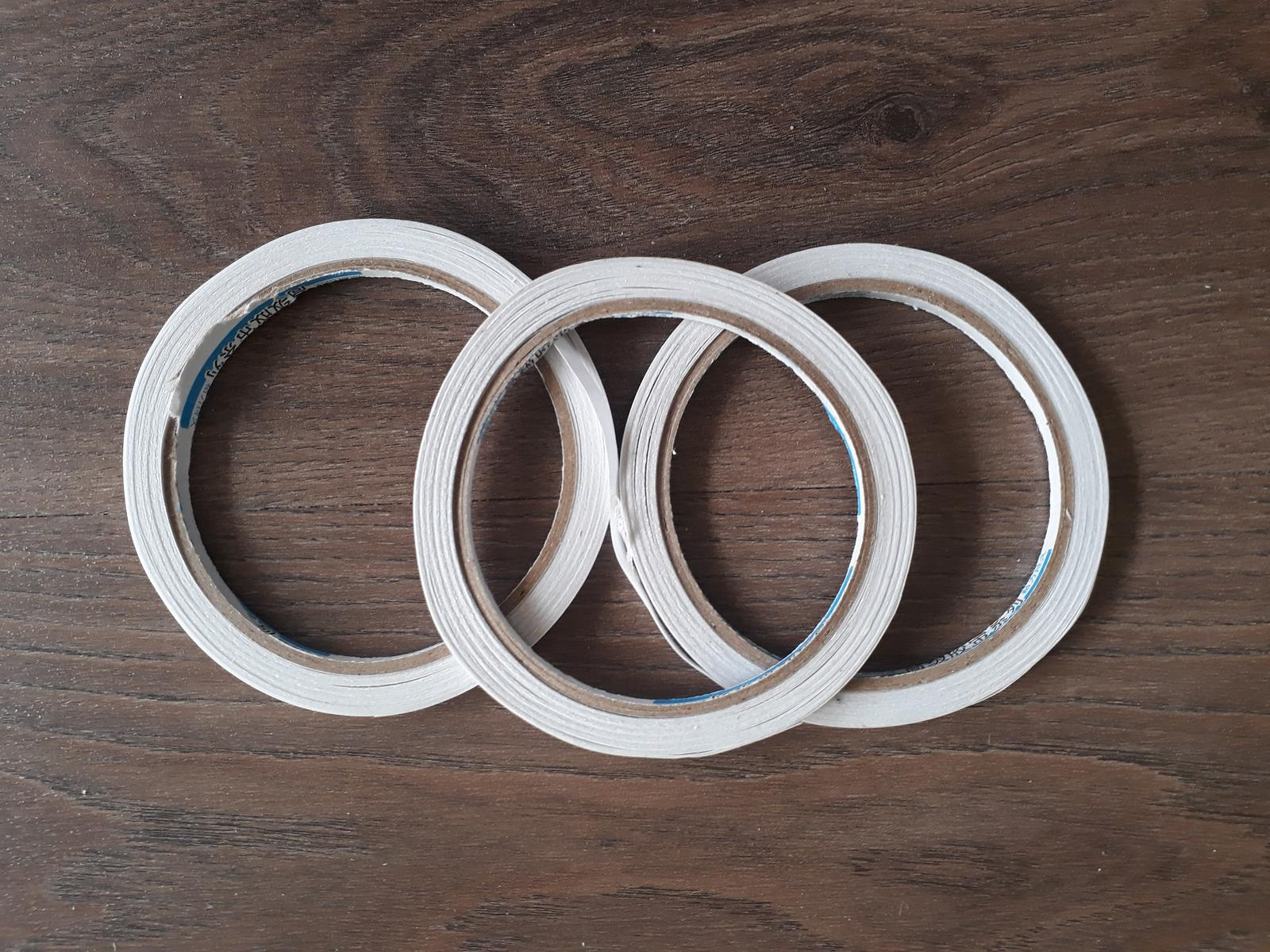 Oboustranná samolepící páska - Obrázek č. 1